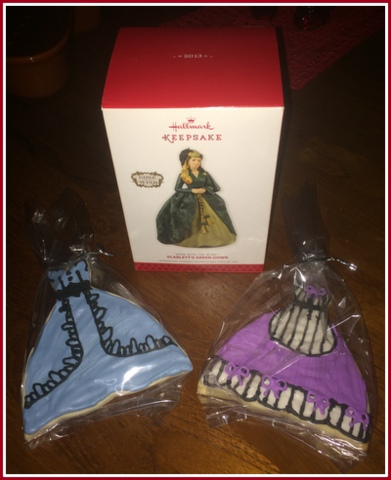 What an event! These handmade cookies were given out after the movie, and a few ornaments were given out for costumes. I was thrilled to win a prize for dressing up.