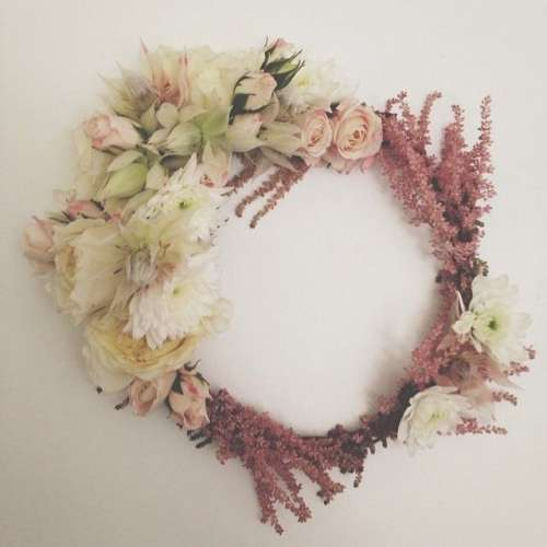 f3158d1a9ec9f453a5aafb2931f107a7 flower crown