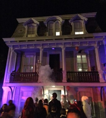 A historic home becomes a haunted one on Halloween night...