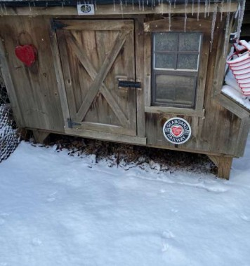 Snow, ice, and fox prints at the henhouse, oh my!